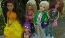SPIN MASTER LIV Dolls  LOT OF 5 BEAUTIFUL DOLLS DRESSED  w/ WIGS SHOES. Handbags