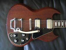 Gibson SG Deluxe 1971-1972 electric guitar, vibrato bar & case. Historic!