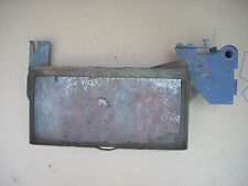 New Holland Ford 3930 Tractor Battery Tray E8NN10723AF14M, 81875599