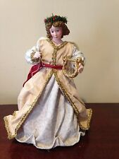Possible Dreams Clothtique Angel w/Hark the Herald Angels Sing Music Box