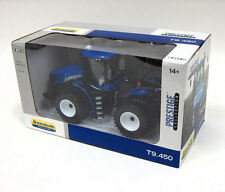 ERTL PRESTIGE NEW HOLLAND T9.450 TRACTOR 1/32 SCALE