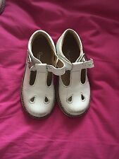 VG Condition Fofito Babyshoes White Size 25 Sandals Shoes Boys Girls Unisex