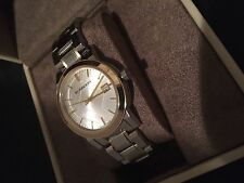 NEW SWISS AUTHENTIC BURBERRY BU9115 SILVER GOLD LUXURY UNISEX WATCH, with box