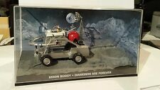 Moon Buggy  -James Bond- 1/43-UH,  in Modellautovitrine - wie neu-