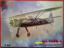 ICM Henschel Hs 126b-1 German reconomiento plane WWII 1:48