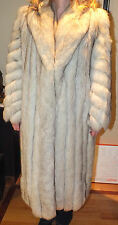 Luxury Saga Fox Vintage Full Size Norwegian Fox w/Dark Tips Fur Coat Sz.14