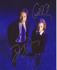 THE X-FILES - GLOSSY PHOTO PRINT - SIGNED BY DAVID DUCHOVNY & GILLIAN ANDERSON