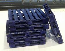 1/18 Scale Blue Pallet 4 Way For Garage Diorama x 3