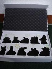 """Goebel Jahreshasen """"Sammelbox"""" für 10 Hasen 2001-2010"""