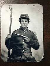 Civil War Military Soldier With Rifle & Gun TinType C256NP