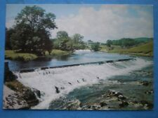 POSTCARD YORKSHIRE WHARFEDALE - THE WEIR ABOVE LENTON FALLS