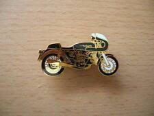 Pin Anstecker Ducati 900 SS / 900SS Königswelle schwarz black Motorrad 0081