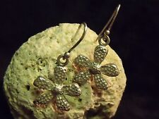 "VINTAGE THAILAND 7/8"" HAMMERED STERLING FLOWER EARRINGS 6.5 GRAMS"