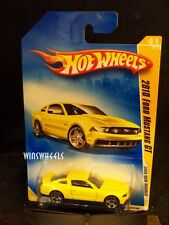 HOT WHEELS 2009 FE #41 -2 2010 FORD MUSTANG GT YELLO NMC AMER
