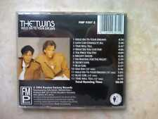 CD THE TWINS HOLD ON TO YOUR DREAMS FMP9307-2 FUN MUSIC PROMOTION RARE MINT