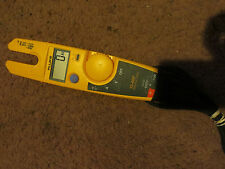 Fluke T5-600 600V Voltage Continuity and Current Tester great condition