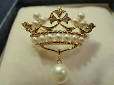 Mikimoto 18k yellow gold Japanese sea cultured pearl diamond crown brooch pin