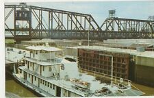 USA, Tugboat Ann Brent leaving Locks Dam no.15 Mississippi River Postcard, B412