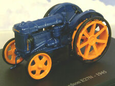 SUPERB U/H HACHETTE DIECAST 1/43 1945 FORDSON E27N TRACTOR IN BLUE & ORANGE TR39