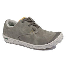 HI-TEC Ezee'z - Casual Mens Canvas Trainers - Size 9 UK - EU 43. - New In Box