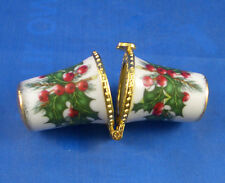 Birchcroft Needle Case -- Christmas Holly