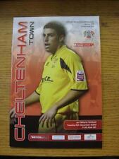 06/12/2005 Cheltenham Town v Oxford United [última temporada de la Liga]. artículo en muy G