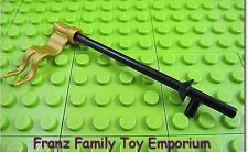 New LEGO Minifig Weapon Black LANCE w/Pearl Gold FLAG/Banner Castle Pirate