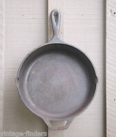 Vintage Lodge #8 SK Cast Iron Fry Pan Skillet Kitchen Cookware Camping Tool USA