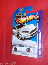 2013 Hot Wheels ASTON MARTIN DBS 153/250 Asphalt Assault WHITE