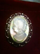 Signed Sorrento Sterling Abalone & Mother Of Pearl Cameo Pin/pendant