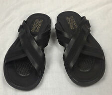 100% Authentic SALVATORE FERRAGAMO Crisscross Leather Sandals Size 8.5 Black NEW