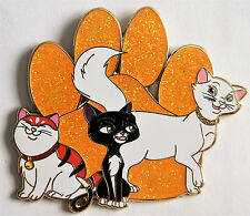PAWS & CLAWS 2 MOCHI MITTENS DUCHESS CATS 2.5 in GLITTER FANTASY PIN LE 50