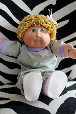 Vintage Cabbage Patch Girl w Rare Kitty Sweat Suit Baby Doll