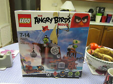 brand new piggy pirate ship, FIGURES HAVE BEEN REMOVED, lego angry birds 75825