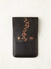 Free People NEW Black with Stars Pattern Printed Leather iPhone 4/4S Wallet Case