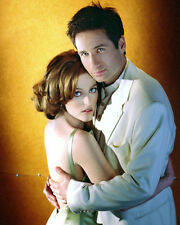 David Duchovny & Gillian Anderson (37413) 8x10 Photo