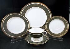 Royal Doulton VANBOROUGH GREEN 5 Piece Place Setting H4992 GREAT CONDITION