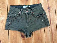 TOPSHOP LADIES DISTRESSED ARMY GREEN STUDDED DENIM HOTPANTS / SHORTS W24