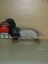 +# A015795_02 Goebel Archiv Plombe Hund Sausage Dog Dackel Dachshund 30-632