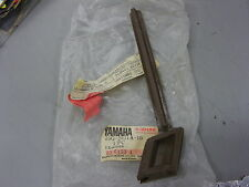 NOS Yamaha Brown Handle Cover Mold 2 25G-2621A-10