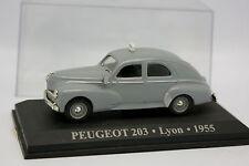 Ixo Presse 1/43 - Peugeot 203 Taxi de Lyon 1955