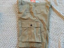 DOCKERS Pacific Cargo Shorts Size 32,Beige Gray Color,Classic Fit, Flyweight,NWT
