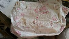 """Pottery Barn Kids """"Paris/Poodles"""" Twin Fitted Sheet"""