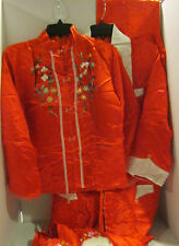 Vint 1955 red satin Chinese style set in satin box-robe-slippers- pajamas-MED-EC
