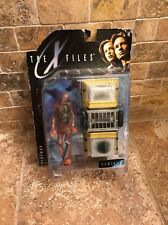 McFarlane Toys X Files Fireman And Cryolitter 1998 Series 1 Action Figure