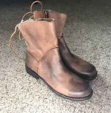 Bed Stu Cheshire (Women) Tan Glove Women's Size 8 NEW LACE UP HOLE TEXTURE BROWN