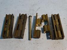2 paires de charnières d'angle en laiton coffret boite pour petit meuble  .(A12)