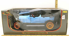Vintage 1917 REO Touring 1:18 Blue Die Cast Car Signature Models #18105 NIB +++