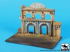 Black Dog 1/72 Middle East Street Section Diorama Base #3 (150mm x 90mm) D72036