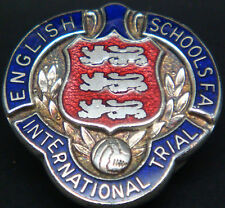 Le scuole inglese fa INT 'L TRIAL Vintage Badge Maker TOYE Kenning & Spencer Ltd